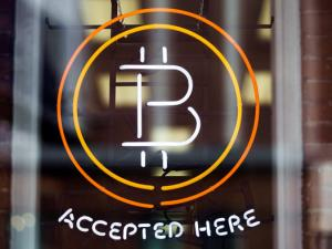 SEC rejects application to list Bitcoin ETF, forex&#039s selling price plunges